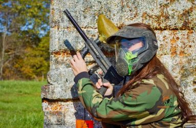 How To Play Paintball Like A Pro (Paintball Guide 2021)
